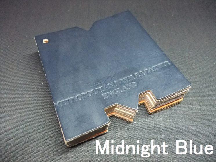 メトロポリタン社のブライドルレザーのミッドナイトブルーカラーの画像