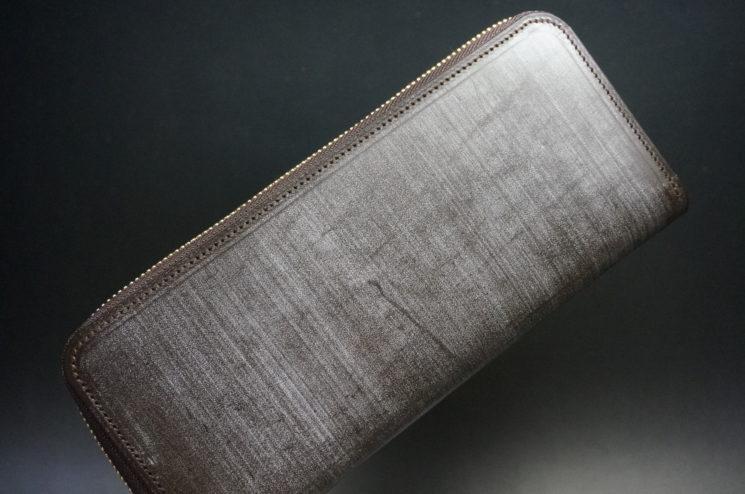 セドウィックのブライドルレザーのベンズ部位のチョコのラウンドファスナー長財布-1