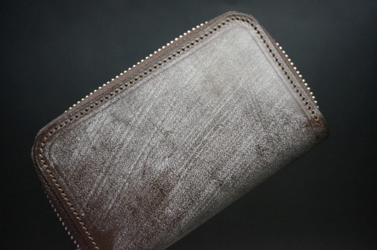 セドウィック社のブライドルレザーのベンズ部位のラウンドファスナー小銭入れ画像1