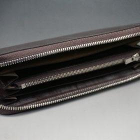 メトロポリタン社のブライドルレザーのダークブラウンカラーのラウンドファスナー長財布の画像7