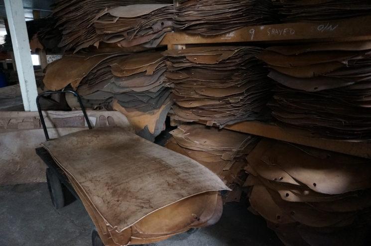 J.ベイカー社のソール革の画像