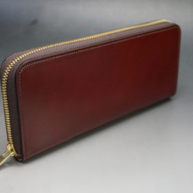 新喜皮革社の顔料仕上げコードバンのアンティークカラーのラウンドファスナー長財布の画像2