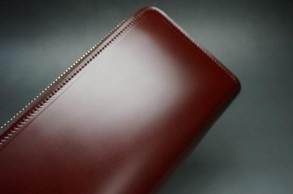 新喜皮革社の顔料仕上げコードバンのアンティークカラーのラウンドファスナー長財布の画像3