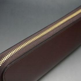 新喜皮革社の顔料仕上げコードバンのアンティークカラーのラウンドファスナー長財布の画像4
