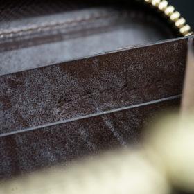 新喜皮革社の顔料仕上げコードバンのアンティークカラーのラウンドファスナー長財布の画像13