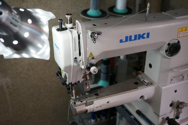 革製品用の日本製の最新型工業用ミシン