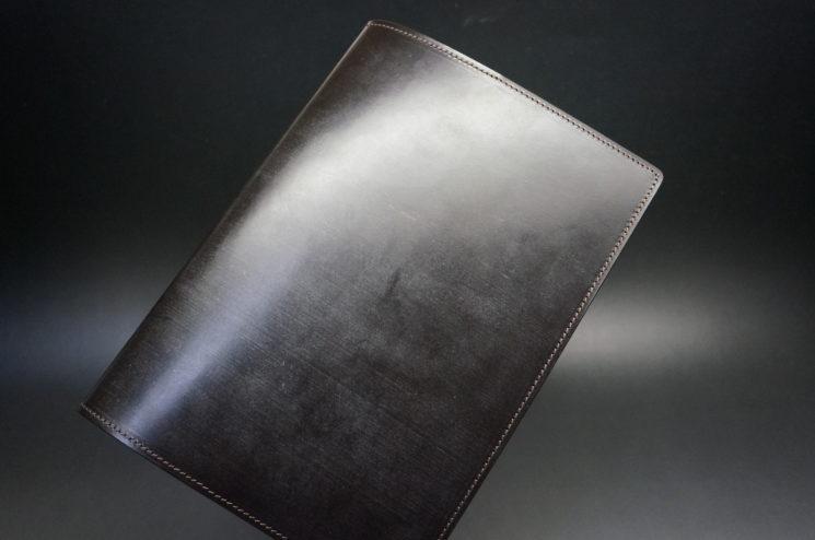 A5判のブライドルレザー手帳カバー