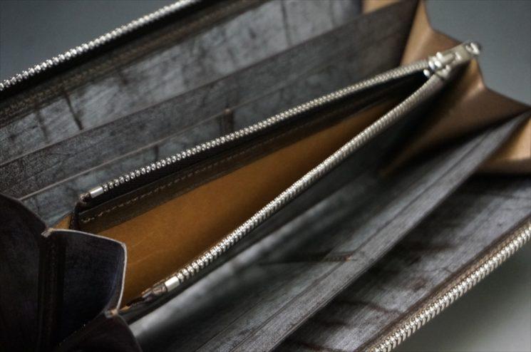 セドウィック社製ブライドルレザー(ベンズ部位)を使用したチョコカラーのラウンドファスナー長財布(シルバー色)10