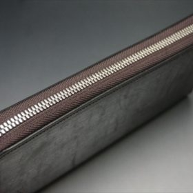 セドウィック社製ブライドルレザー(ベンズ部位)を使用したチョコカラーのラウンドファスナー長財布(シルバー色)4