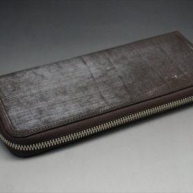 セドウィック社製ブライドルレザー(ベンズ部位)を使用したチョコカラーのラウンドファスナー長財布(シルバー色)5