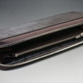 セドウィック社製ブライドルレザー(ベンズ部位)を使用したチョコカラーのラウンドファスナー長財布(シルバー色)6