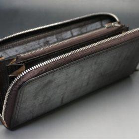 セドウィック社製ブライドルレザー(ベンズ部位)を使用したチョコカラーのラウンドファスナー長財布(シルバー色)7