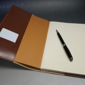 A5判手帳カバーのヘーゼルカラーの内側ご使用イメージ