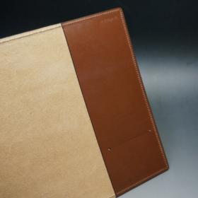 A5判手帳カバーのヘーゼルカラーの内側見開き片側