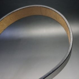 J.ベイカー社製ブライドルレザーのブラックのゴールドバックルのベルトのSサイズのコバ