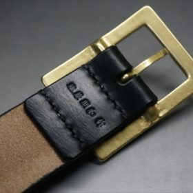 J.ベイカー社製ブライドルレザーのブラックカラーのベルトのバックル背面の刻印画像