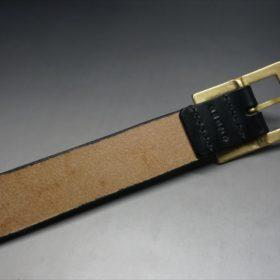 J.ベイカー社製ブライドルレザーのブラックのゴールドバックルのベルトのLサイズの背面