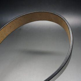 J.ベイカー社製ブライドルレザーのブラックのゴールドバックルのベルトのLサイズのコバ