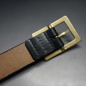 J.ベイカー社製ブライドルレザーのブラックのゴールドバックルのベルトのLLサイズの刻印