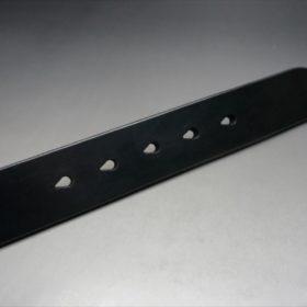 J.ベイカー社製ブライドルレザーのブラックのゴールドバックルのベルトのLLサイズのベルト穴