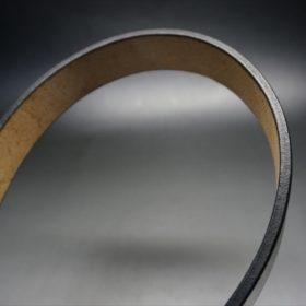 J.ベイカー社製ブライドルレザーのブラックのゴールドバックルのベルトのLLサイズのコバ