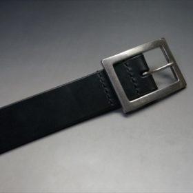 J.ベイカー社製ブライドルレザーのブラックのシルバーバックルのベルトのバックル周り-3