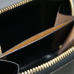 セドウィック社製ブライドルレザーのブラック色のラウンドファスナー小銭入れ(ゴールド色)-1-10