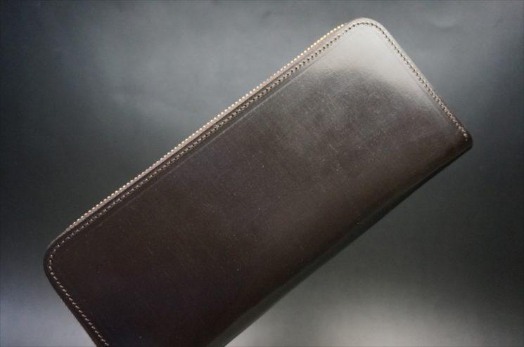 セドウィック社製ブライドルレザーのチョコカラーのラウンドファスナー長財布のアイキャッチ画像