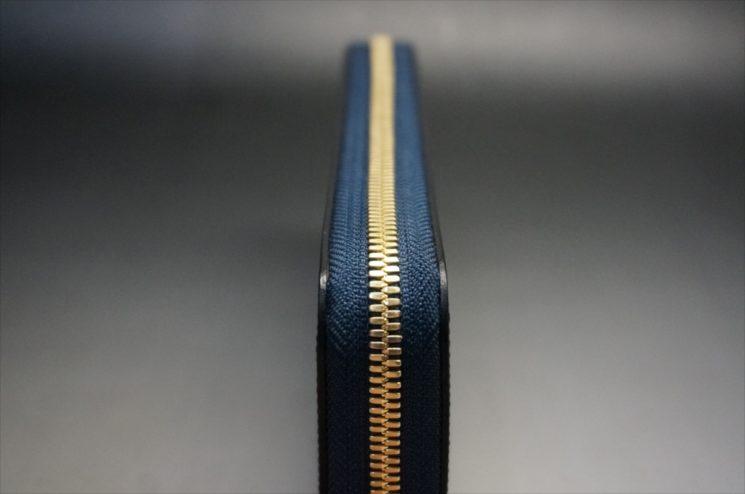 セドウィック社製ブライドルレザーのネイビーカラーのラウンドファスナー長財布-5