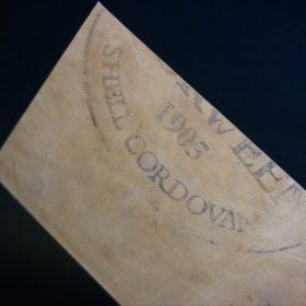 ホーウィン社製シェルコードバンのダークコニャックの二つ折り財布(ホックシルバー)-5