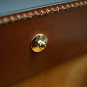 ホーウィン社製シェルコードバンの#4色の横長タイプの小銭入れ(ゴールド色)-1-10