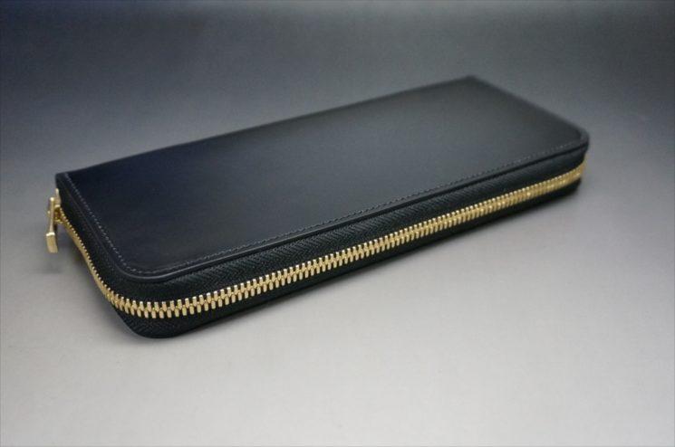 新喜皮革社製オイルコードバンのブラックカラーのラウンドファスナー長財布(ゴールド色)-1-7
