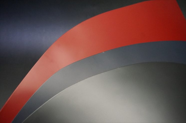 新喜皮革社製顔料仕上げコードバンのサンプル画像