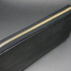 メトロポリタン社製ブライドルレザーのベンズ部位のブラック色のラウンドファスナー長財布(ゴールド色)-1-4