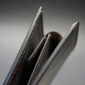メトロポリタン社製ブライドルレザーのベンズ部位のダークブラウン色の二つ折り財布(ゴールド)-1-4