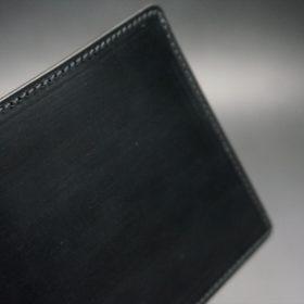 セドウィック社製ブライドルレザーのブラック色の二つ折り財布(ゴールド色)-1-3