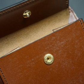 ホーウィン社製シェルコードバンの#4色の二つ折り財布(ゴールド色)-1-11