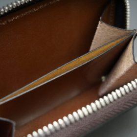 ホーウィン社製シェルコードバンのバーボン色のラウンドファスナー小銭入れ(シルバー色)-1-12