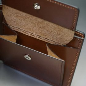 ホーウィン社製シェルコードバンのバーボン色の二つ折り財布(小銭入れ付き/シルバー)-1-11