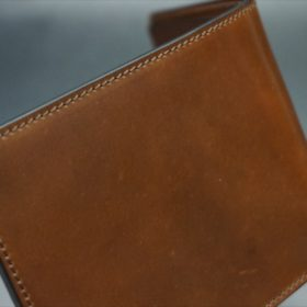 ホーウィン社製シェルコードバンのバーボン色の二つ折り財布(小銭入れ付き/シルバー)-1-3