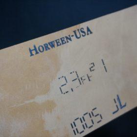 ホーウィン社製シェルコードバンのバーボン色の二つ折り財布(小銭入れ付き/シルバー)-1-5