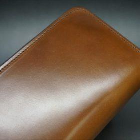 ホーウィン社製シェルコードバンのバーボン色のラウンドファスナー長財布(シルバー色)-1-3