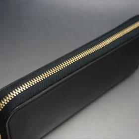 ロカド社製オイルコードバンのブラック色のラウンドファスナー長財布(ゴールド色)-1-4