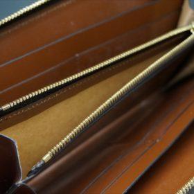 ロカド社製オイルコードバンのブラウン色のラウンドファスナー長財布(ゴールド色)-1-10