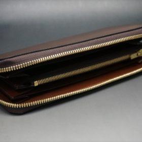 ロカド社製オイルコードバンのブラウン色のラウンドファスナー長財布(ゴールド色)-1-6
