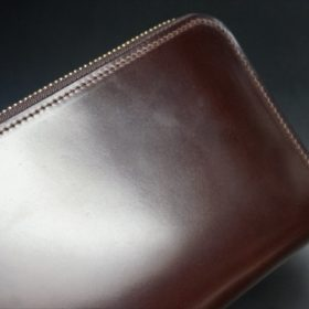 ロカド社製オイルコードバンのダークバーガンディ色のラウンドファスナー長財布(ゴールド色)-1-4