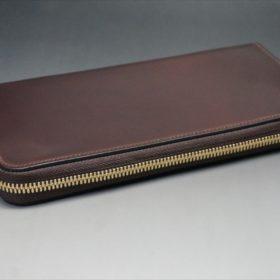 ロカド社製オイルコードバンのダークバーガンディ色のラウンドファスナー長財布(ゴールド色)-1-6