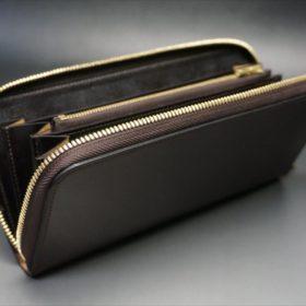 ロカド社製オイルコードバンのダークバーガンディ色のラウンドファスナー長財布(ゴールド色)-1-8