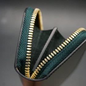 新喜皮革社製オイルコードバンのグリーン色のラウンドファスナー小銭入れ(ゴールド色)-1-9
