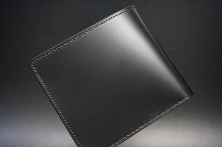 新喜皮革社製顔料仕上げコードバンのブラック色の二つ折り財布-1-1